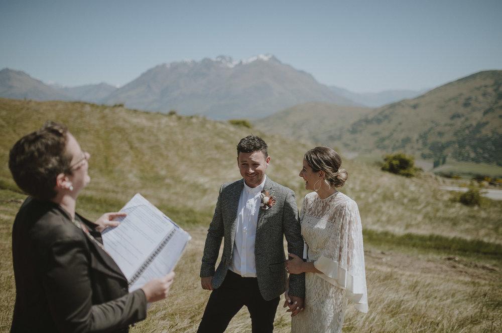 Jess_Scott_Queenstown_New_Zealand_Anteloping_Elopement_Blog-46.jpg