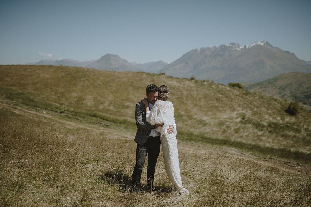 Jess_Scott_Queenstown_New_Zealand_Anteloping_Elopement_Blog-51.jpg