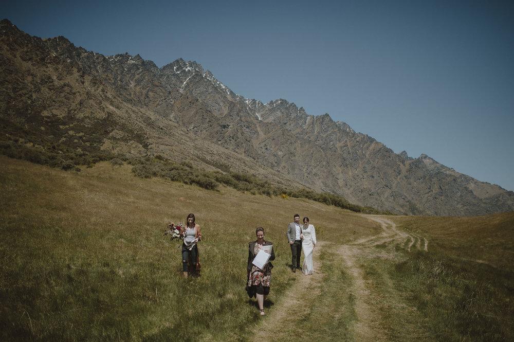 Jess_Scott_Queenstown_New_Zealand_Anteloping_Elopement_Blog-52.jpg