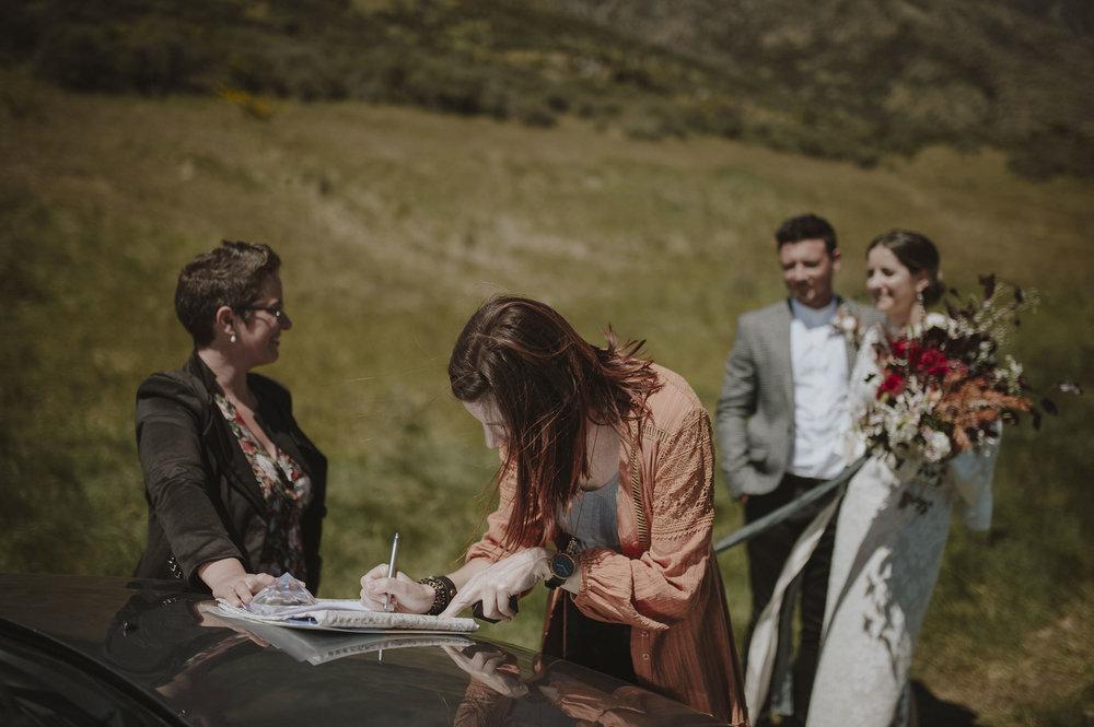 Jess_Scott_Queenstown_New_Zealand_Anteloping_Elopement_Blog-54.jpg