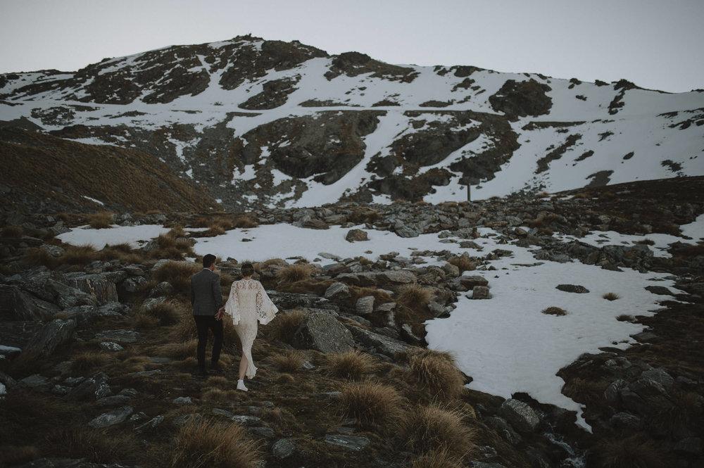 Jess_Scott_Queenstown_New_Zealand_Anteloping_Elopement_Blog-86.jpg