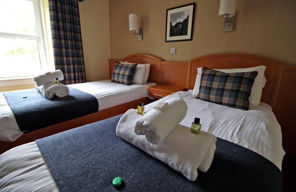 BedroomTwin.jpg
