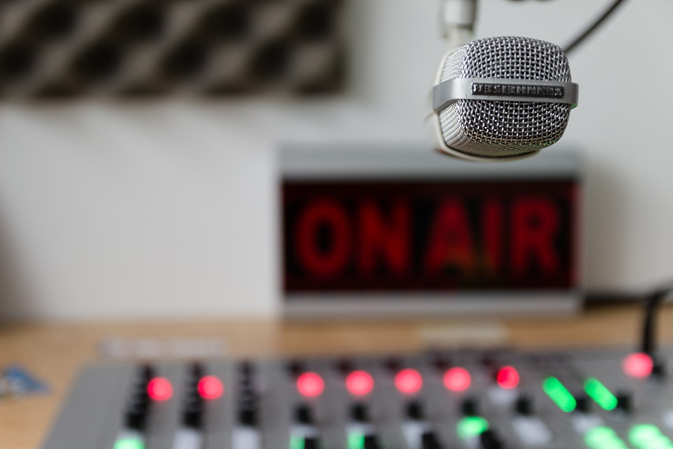 ON AIR & RADIO STREAM - Leveraging our range of radio and broadcast partners, we can promote your live concert or event. Can include pre-show radio promotional announcements, web banner ads, and social media marketing.