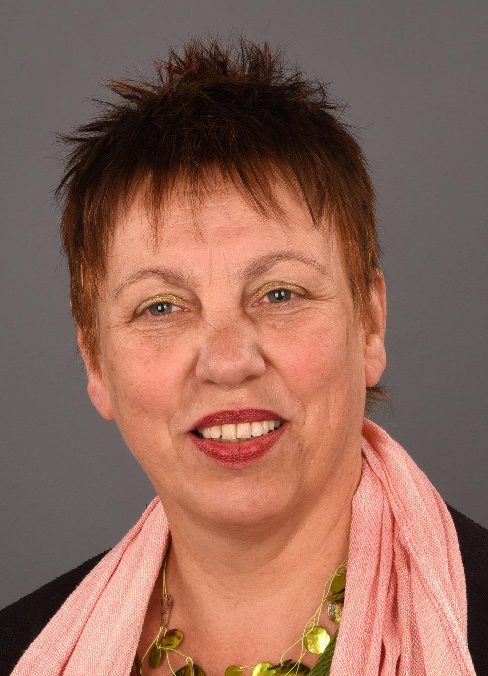 Drs. Thea van de Waart