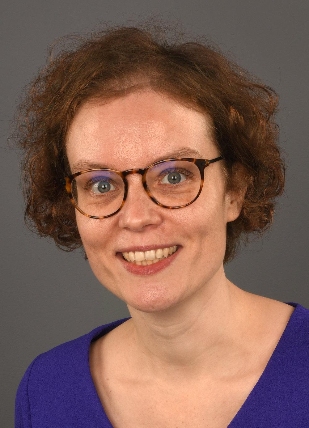Dr. Marloes van Onna