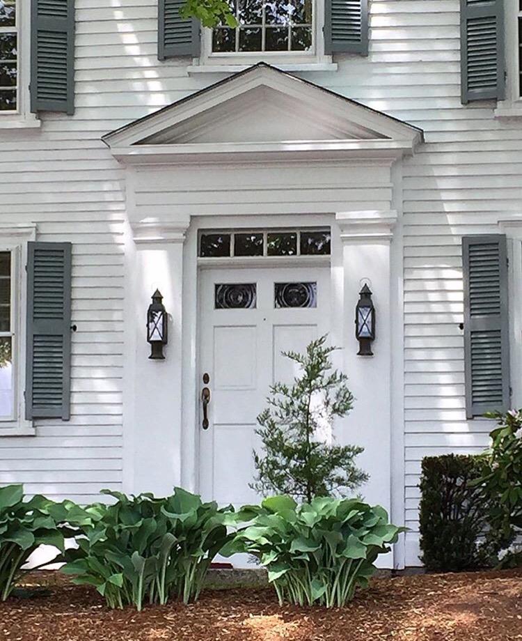 New England_front_door_New England_fineliving.jpg