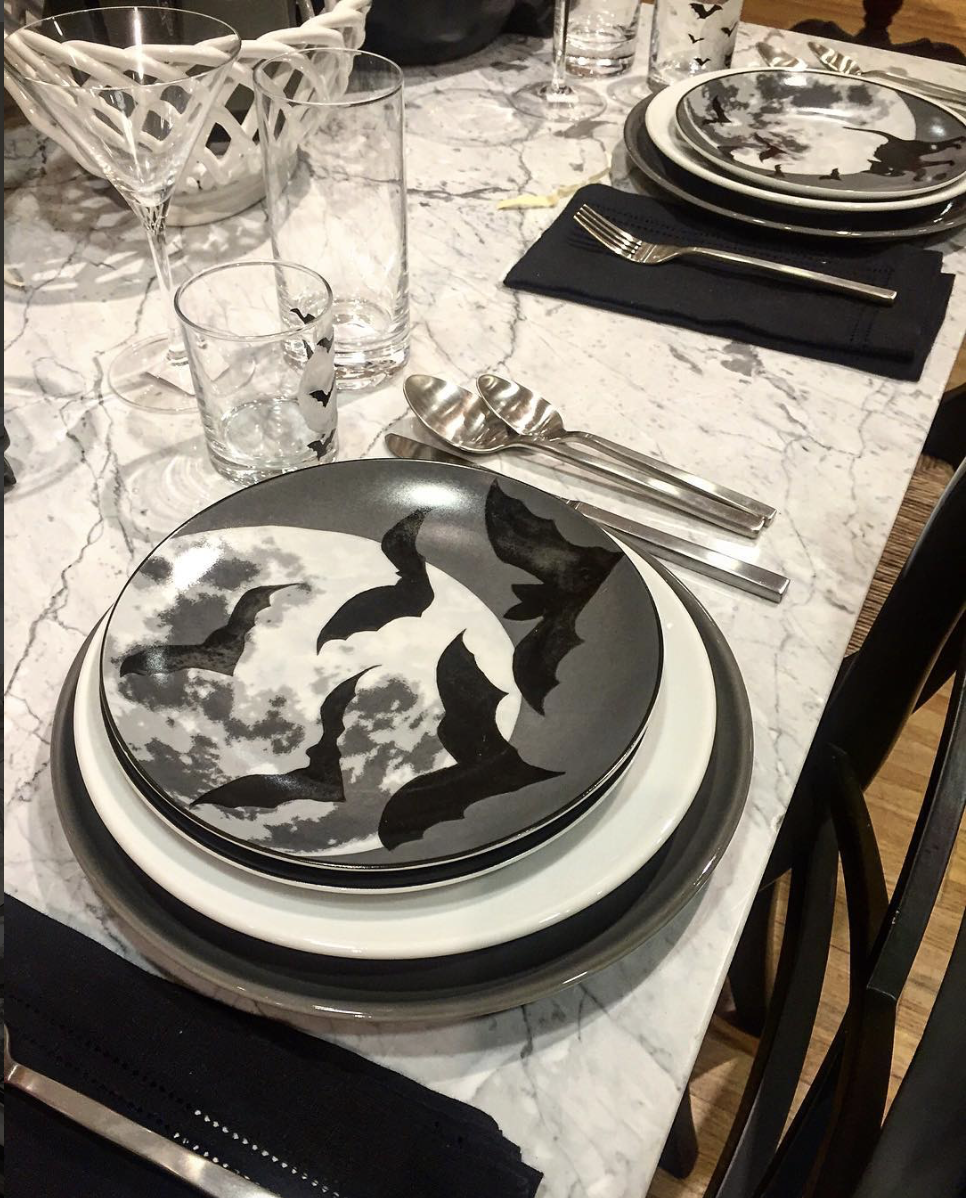 During a shopping excursion to William Sonoma, I fell in love with these Bat Plates and black and white Table Setting
