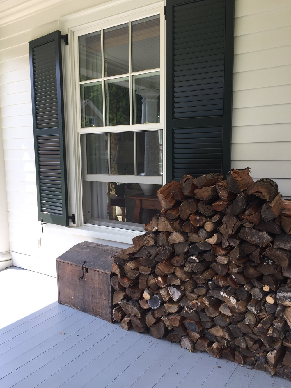 fall is on its way and the wood is ready. - photo: linda Davis