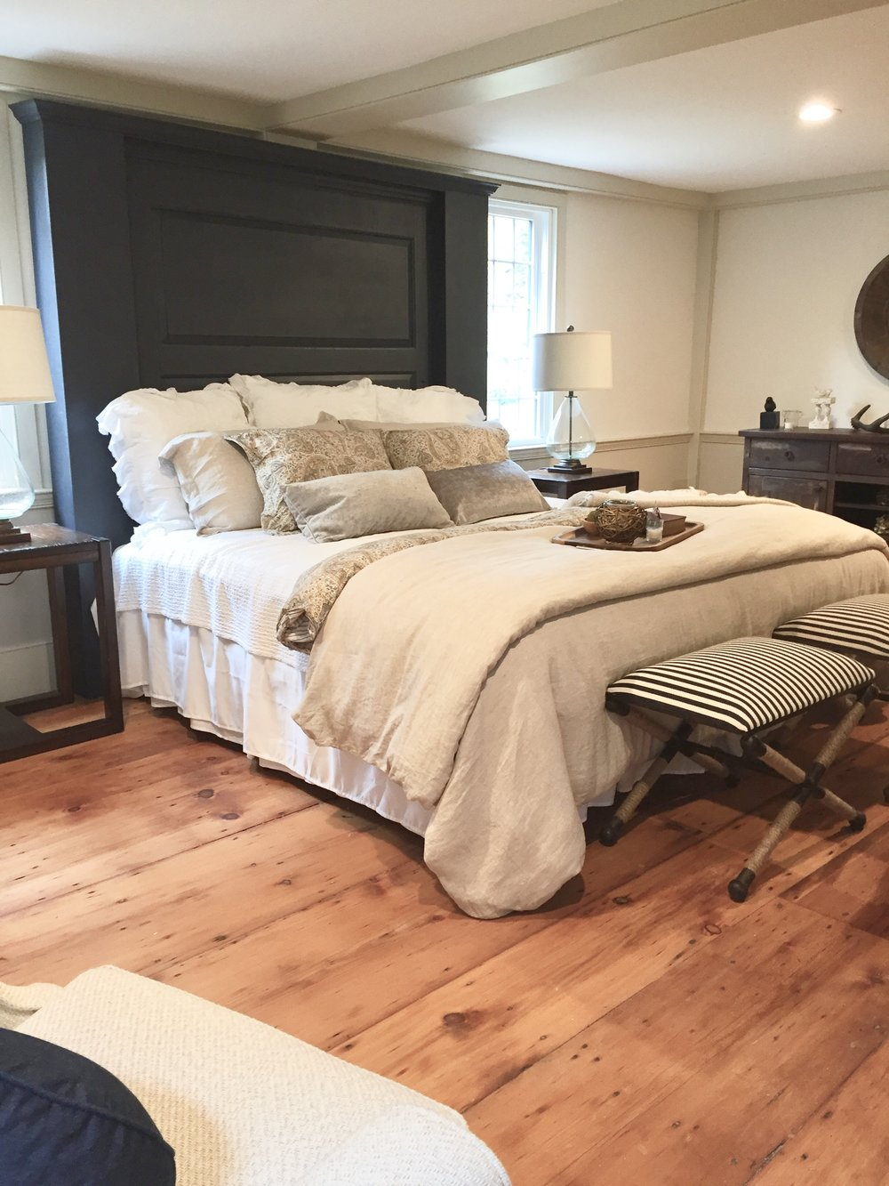 New England style bedroom