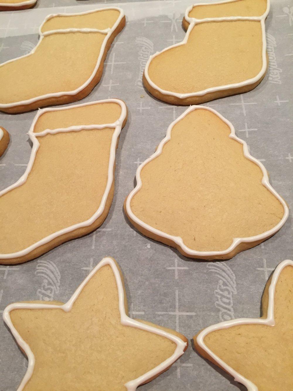 royal icing with lemon juice sugar cookies