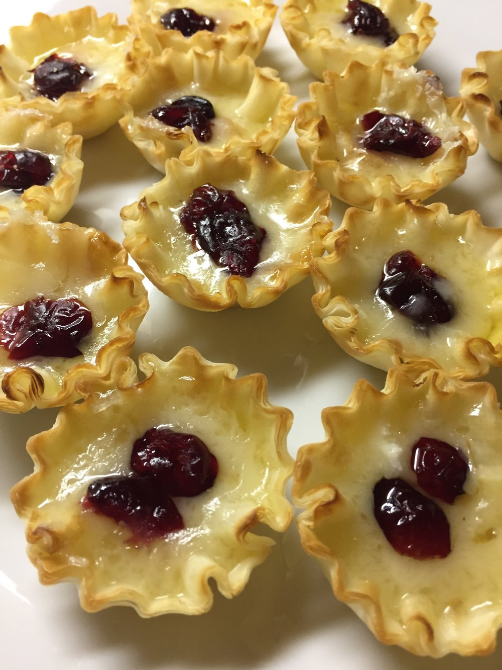 brie and cranberries as an appetizer
