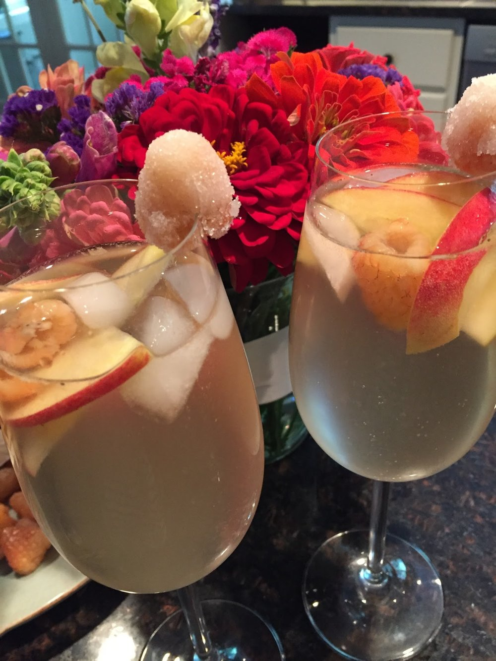 peach and apple sangria recipe 7.jpg
