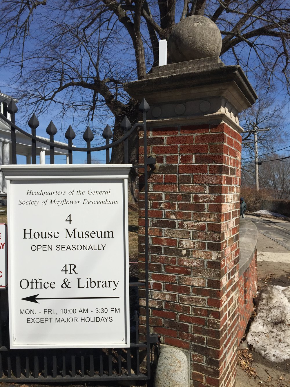 Mayflower Society Hours Plymouth MA.JPG