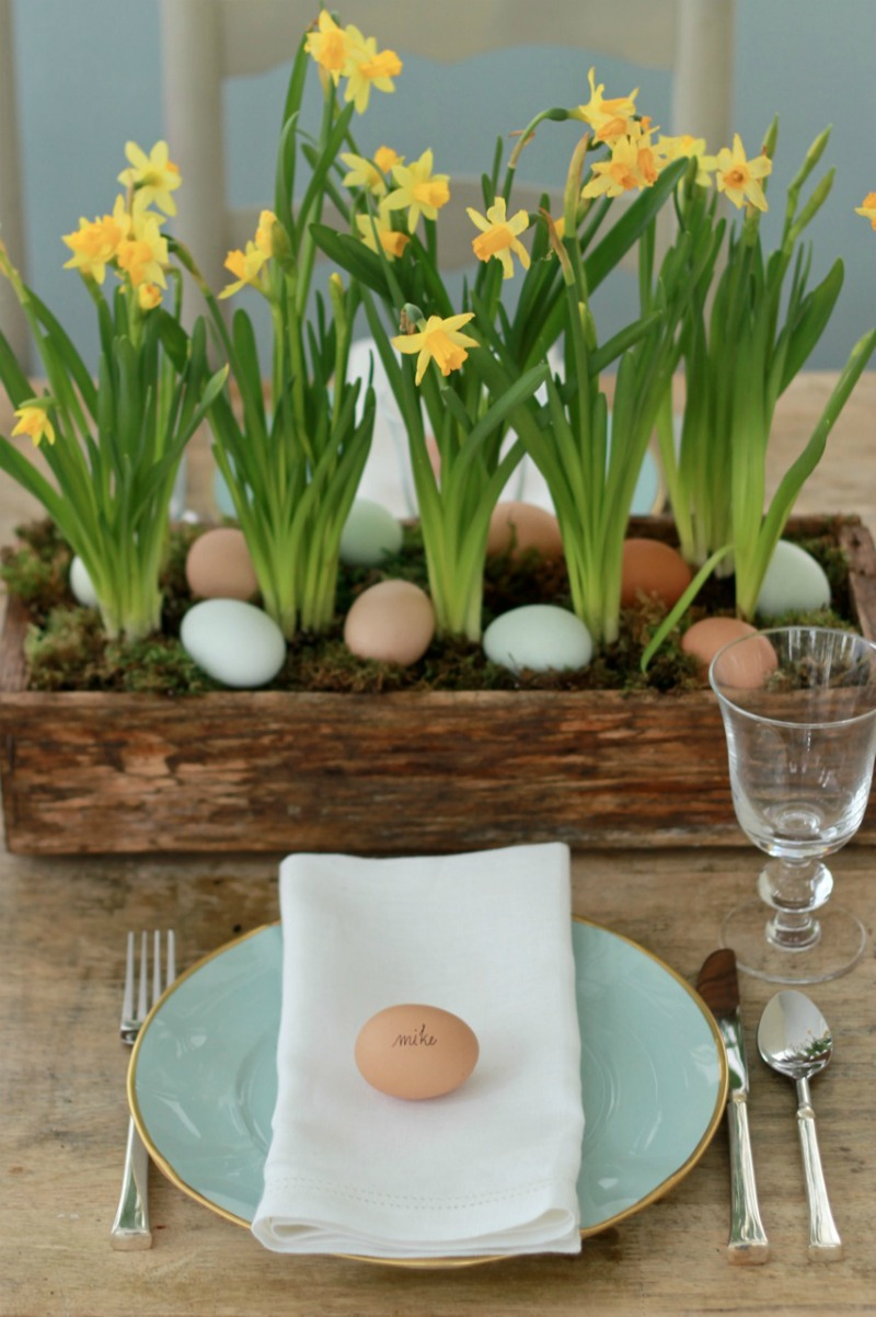 spring Easter table centerpiece .jpg