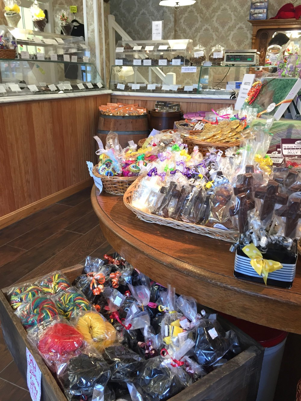 candy store in Salem Massachusetts.jpg