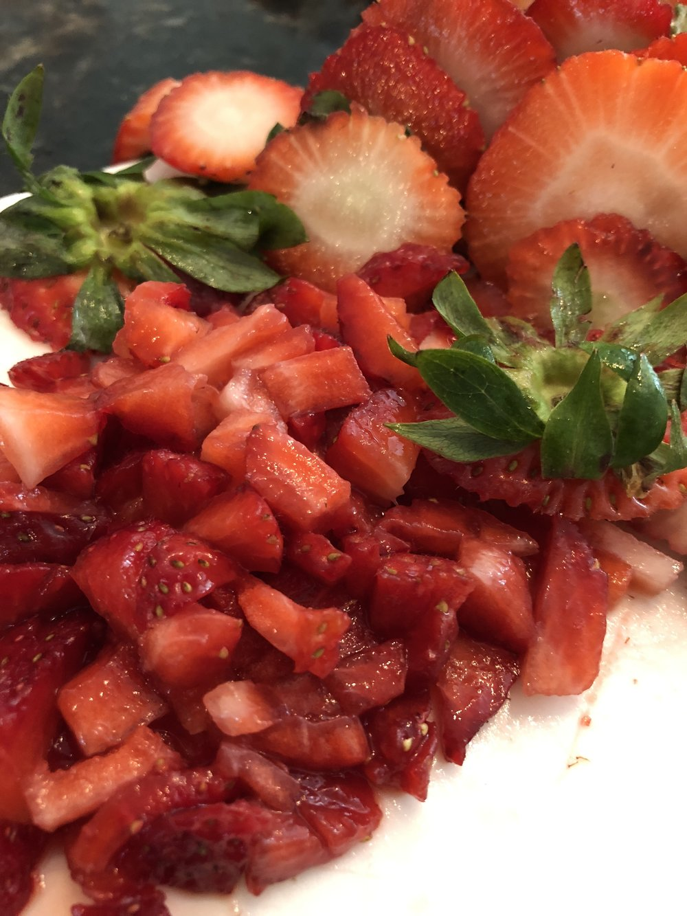 Macerating strawberries