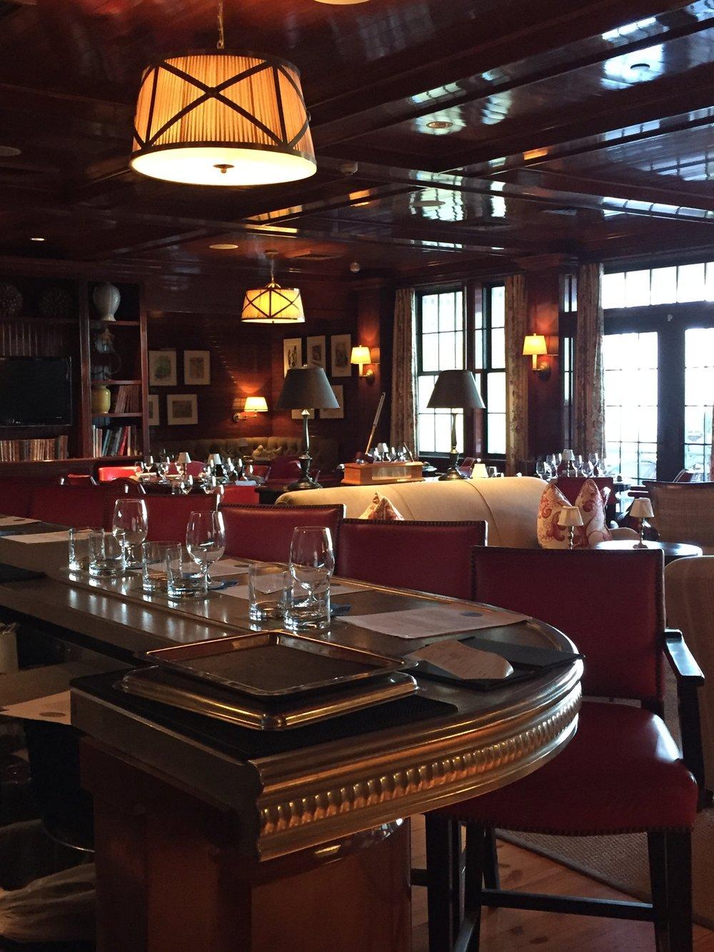 Private Restaurant Ocean House Luxury .jpg