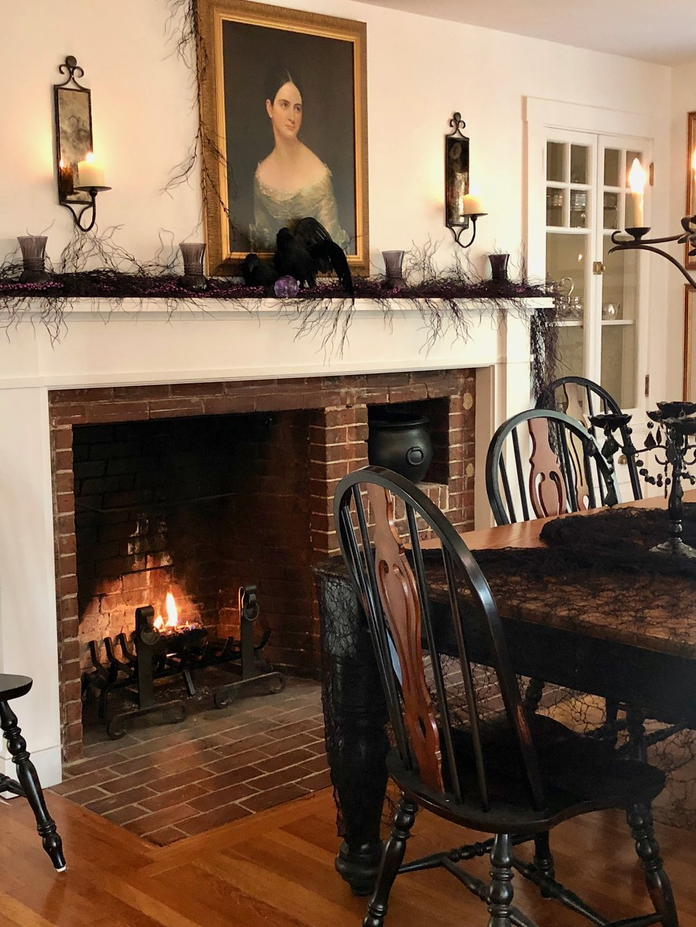 Elegant Halloween Decor Country dining room