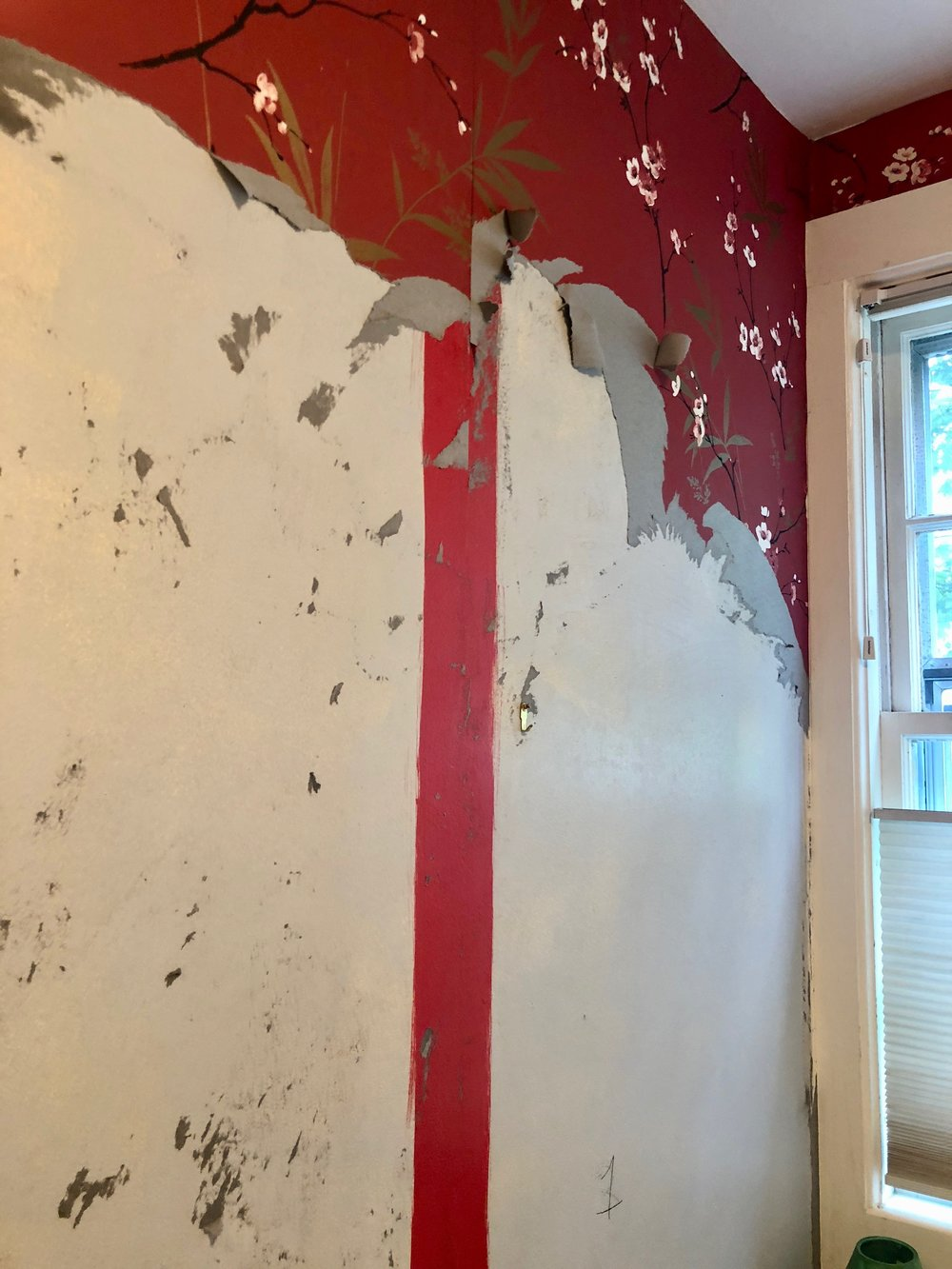 stripping wallpaper