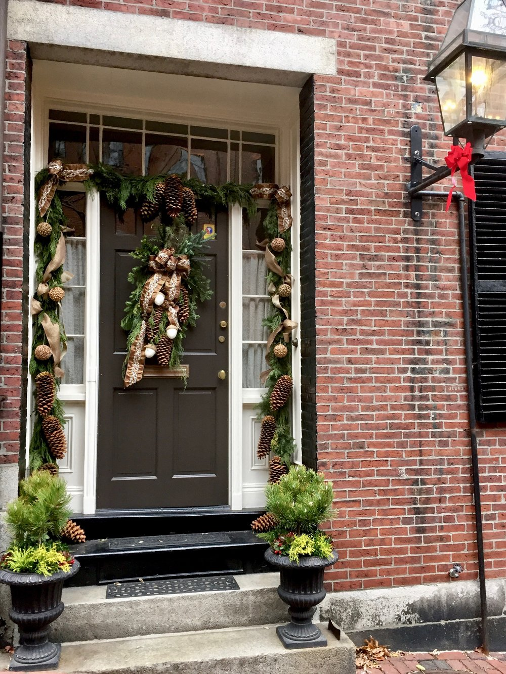 Christmas front door Beacon Hill Boston New England Living.jpg