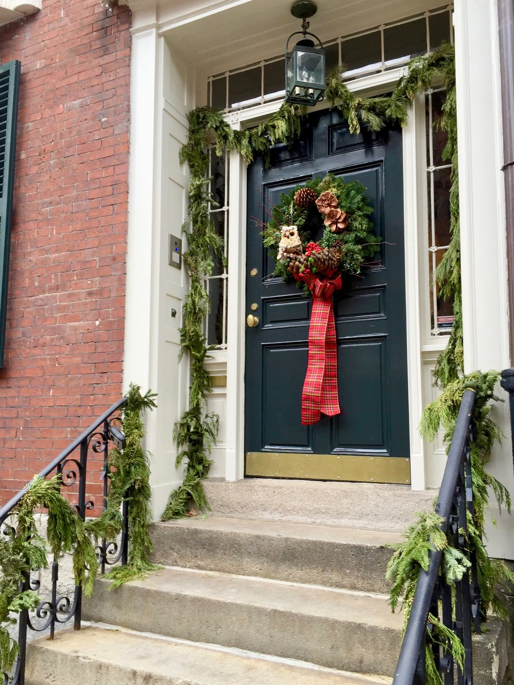 Living in New England Christmas Door Beacon Hill.jpg