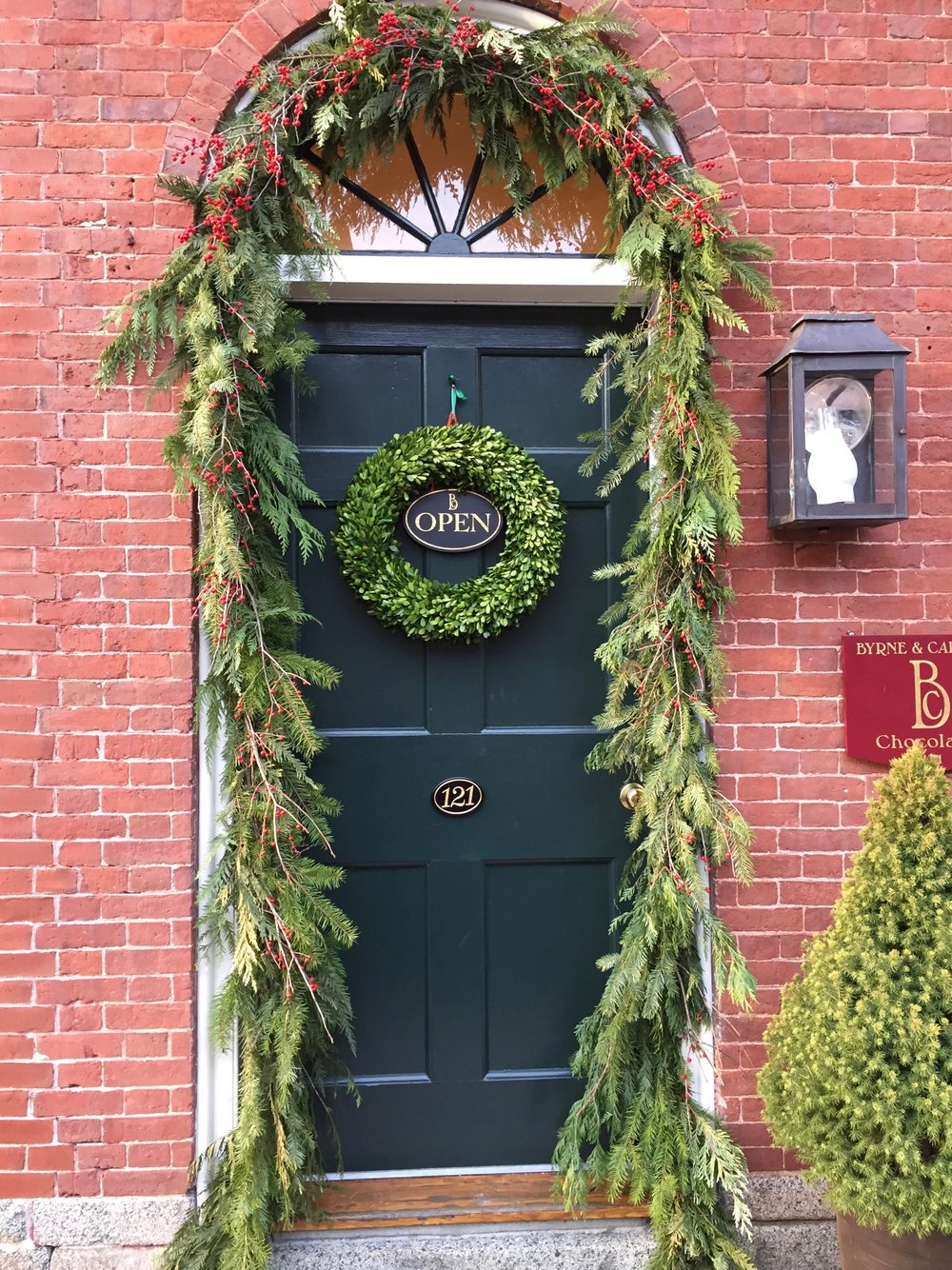 Christmas Wreath ideas from New England - portsmouth nh 10.jpg