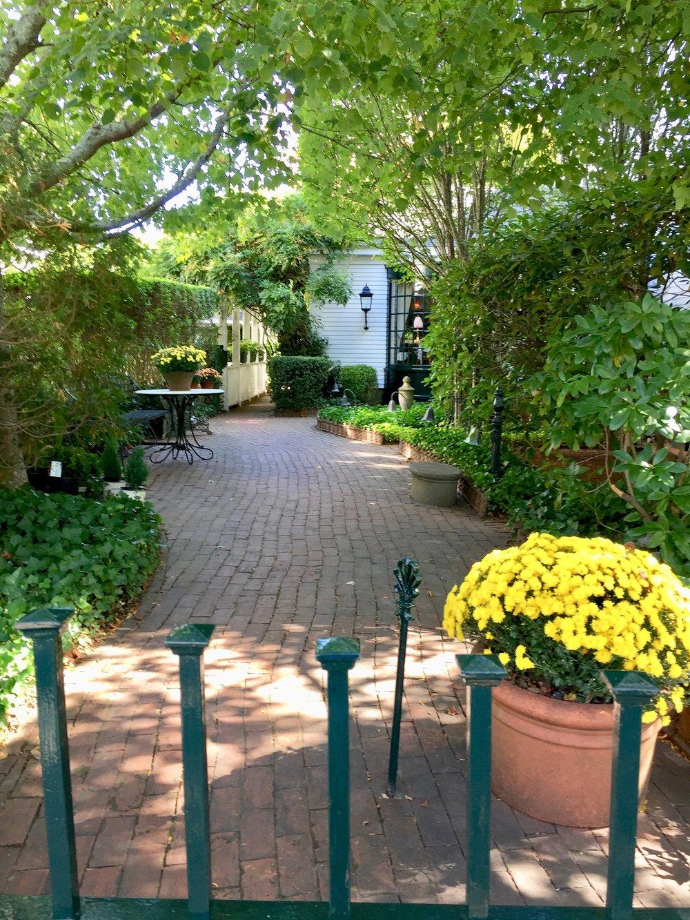 gardens Charlotte Inn