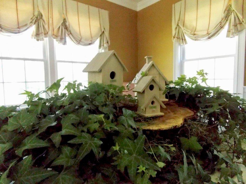bird house centerpiece.jpg