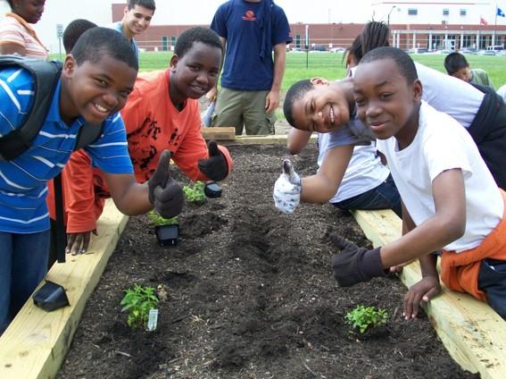 Kids+in+Garden.jpg