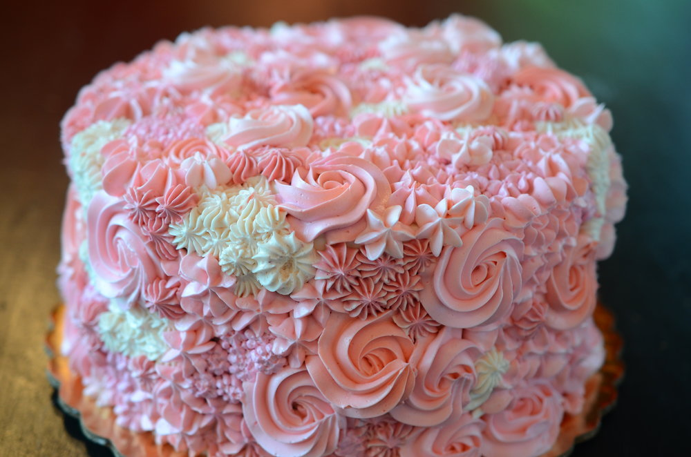 FREESTYLE  Colorful buttercream piped swirls and stars. Choose your own color theme! $35 and up