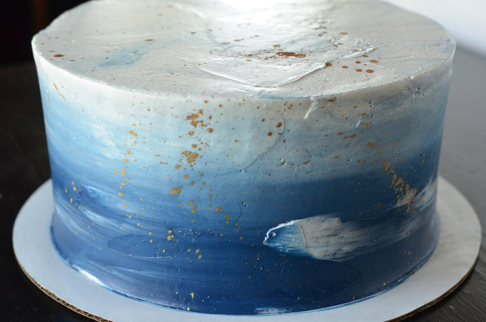 OMBRE  Colored buttercream gradating light to dark or visa-versa. Choose your color theme! $25 and up