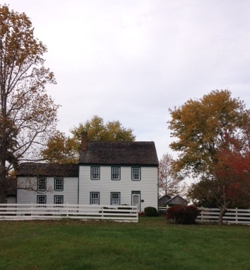 Samuel Mudd's house sits about 1/4 mile from the road--you'd have to know where you were headed to get there.