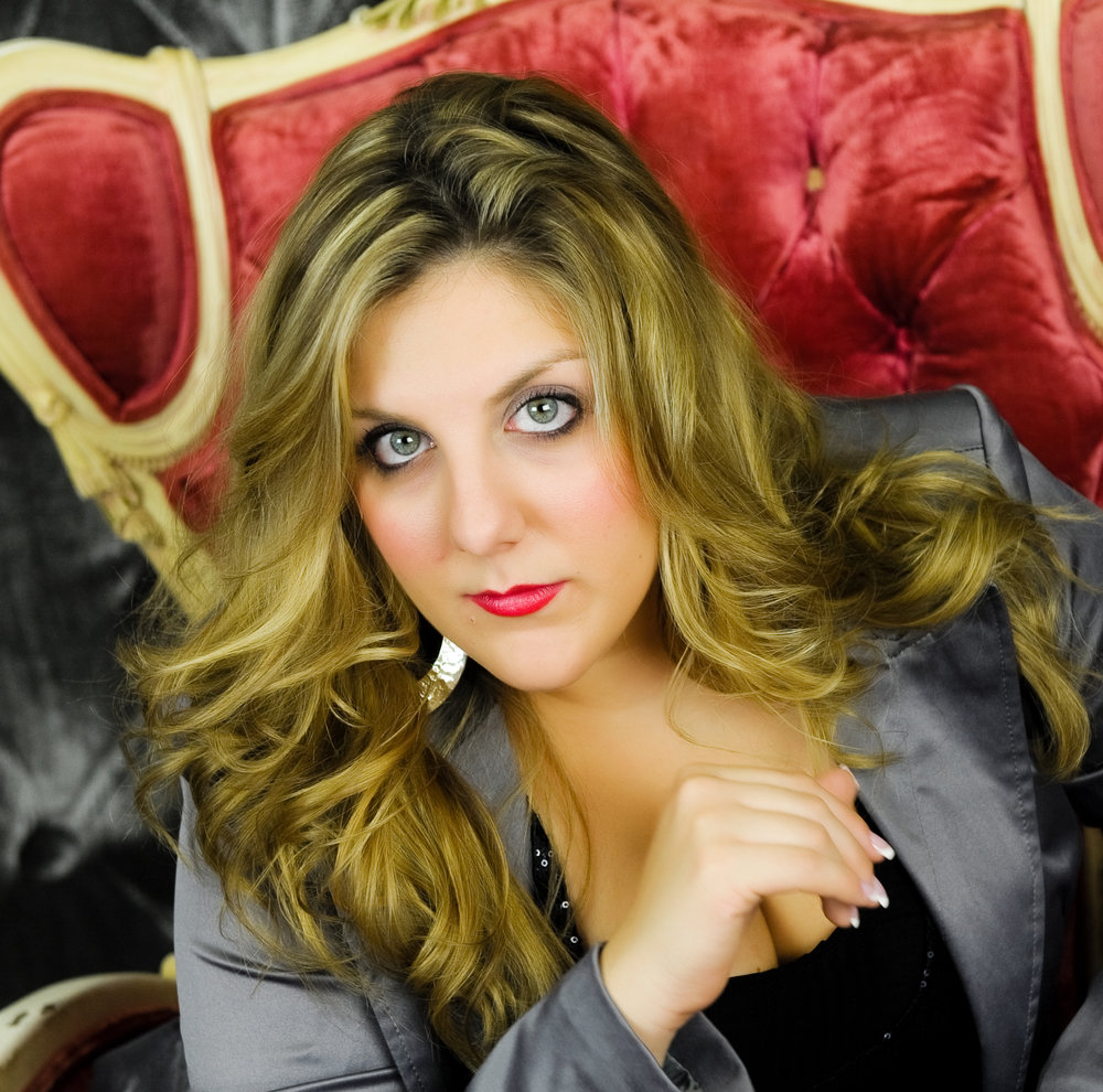 Miss Adriana - MUSICAL THEATER, HIP HOP, DANCE BASICS