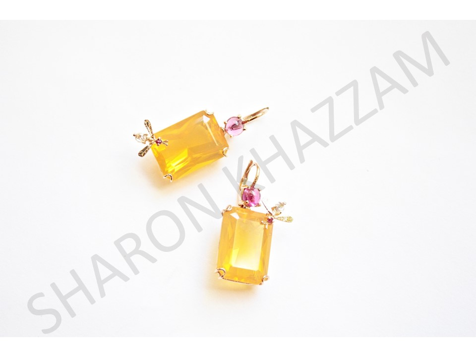 FO bee earrings.jpg