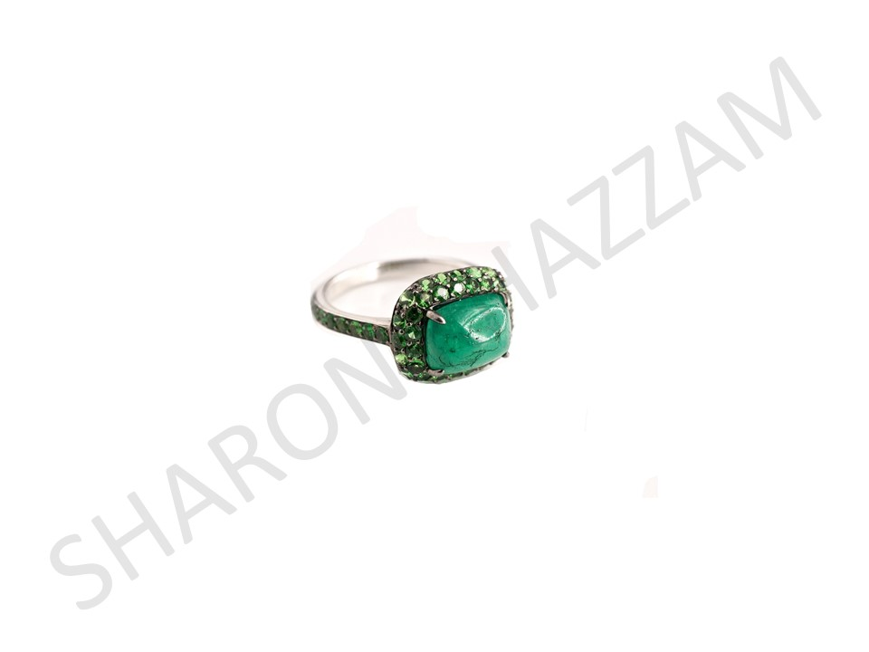Emerald Jilly Ring