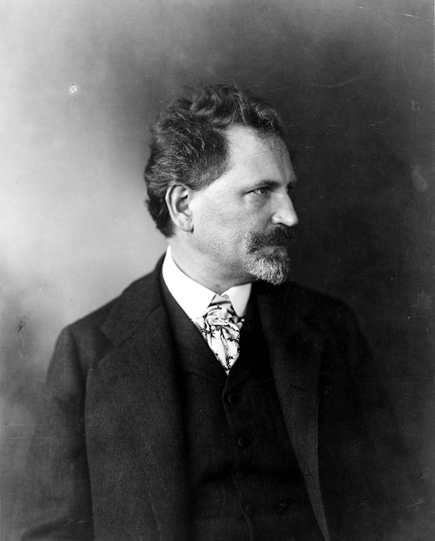 Alphonse Mucha © George R. Lawrence Co./WikiCommons