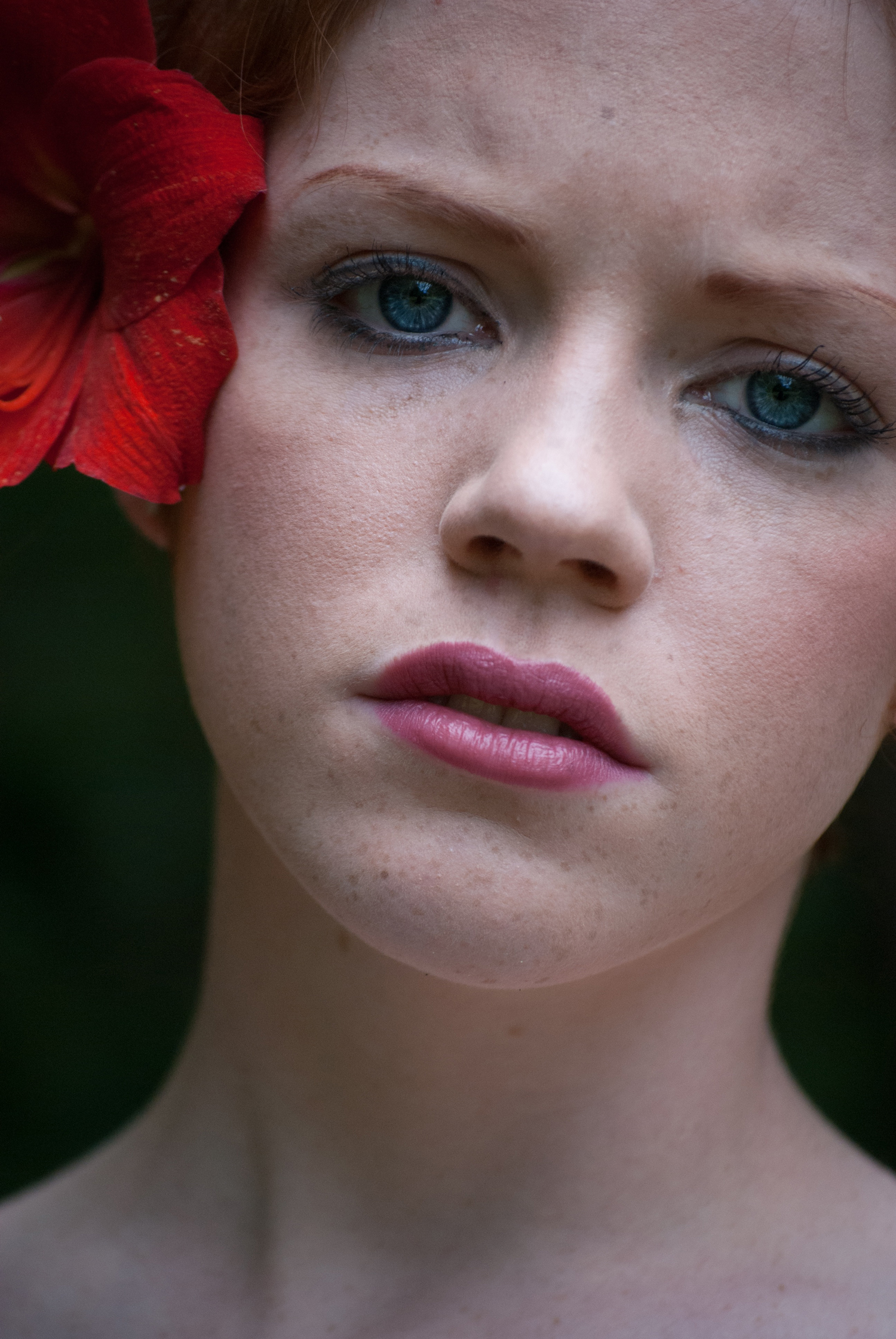 girl, Beauty, retouching, portrait, face, flower, photography, photoshop, photo editing, photo manipulation
