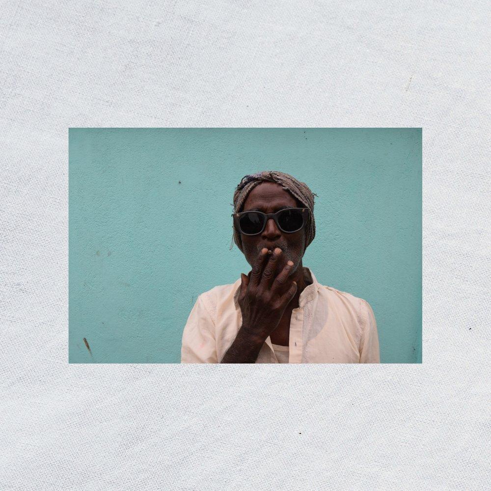 Plain+white man smoking.jpg