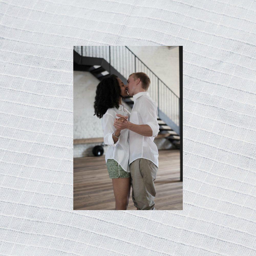 White+crisscross Kiss.jpg