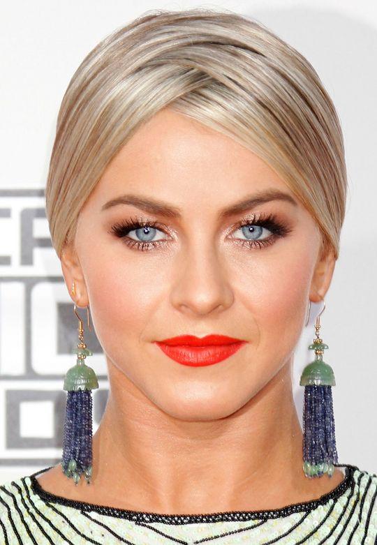 makeup-boho-style-type-juliannehough-blonde-updo-blue-drop-earrings-red-lips-bronze-eyeshadow-crisscross-parting.jpg