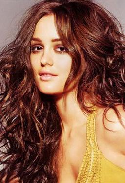makeup-boho-style-type-yellow-dress-wavy-messy-hair-smoky-brown-eyeshadow.jpg