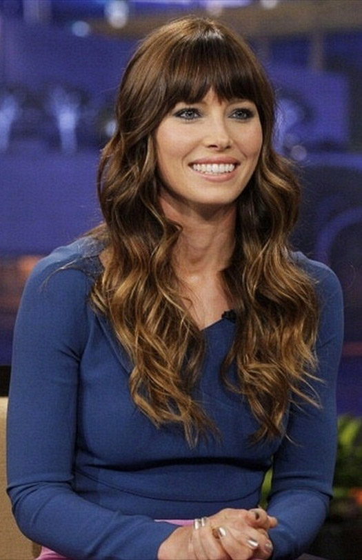 hair-romantic-girly-style-type-jessicabiel-hair-wavy-bangs-long.jpg
