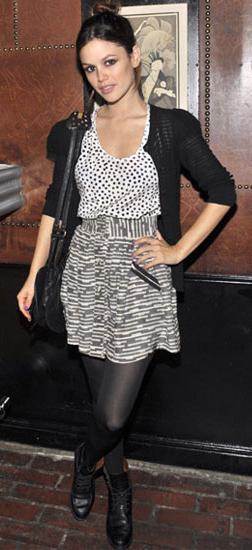 detail-retro-style-type-fashion-rachelbilson-cardigan-mix-prints-bun-hair-tights-monochromatic.jpg