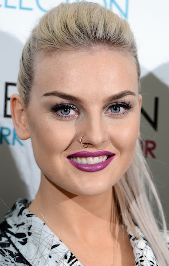 makeup-blonde-trendsetter-style-type-fashion-ponytail-purple-lipstick-platinum.jpg