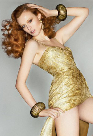 jewelry-dramatic-style-type-gold-dress-chunky-bangles-bracelet-red-hair.jpg