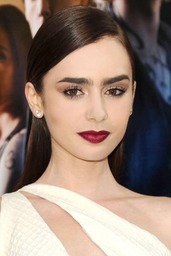 makeup-dark-lips-beauty-lipstick-lilycollins-trends-dramatic-style-type-white-dress-redcarpet-red-lips-eyeshadow-sleek-hair.jpg