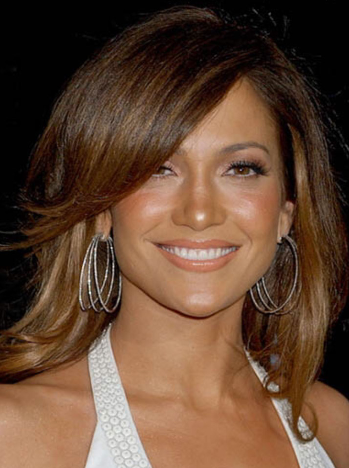 jewelry-hoop-earrings-bombshell-sexy-style-type-jennifer-lopez-bangs-straight-hair.jpg