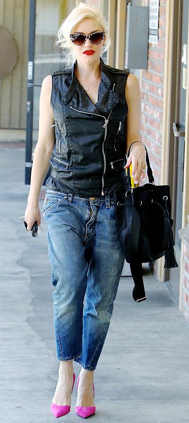detail-rebel-grunge-style-type-gwenstefani-boyfriend-jeans-black-moto-vest-leather-pumps-bright-pink-black-bag-sunglasses.jpg