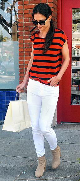 comfort-natural-sporty-style-type-katieholmes-white-skinny-jeans-orange-stripe-tee-booties.jpg