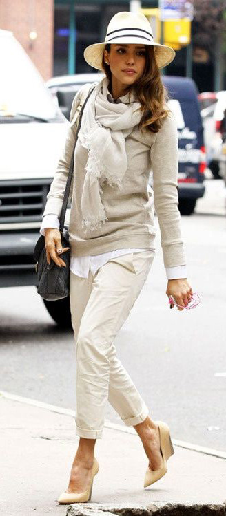 detail-natural-sporty-style-type-jessicaalba-winter-fall-white-layered-monochromatic-scarf-hat-streetstype-pants-chinos.jpg